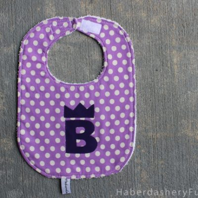 DIY.. Applique On A Baby Bib