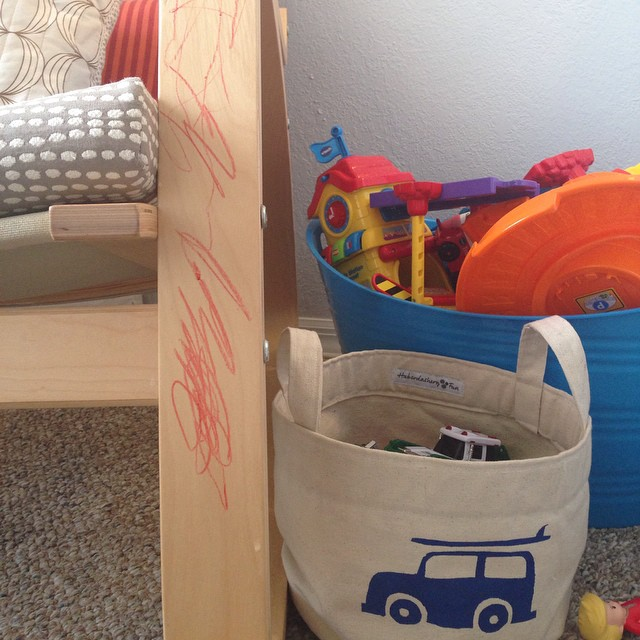 My little artist has quite the touch.. Don't you agree? #toddlerlove #terrifictwos