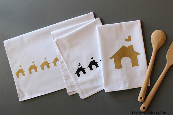 Black and Gold Towels HaberdasheryFun