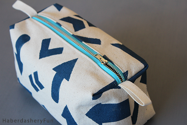 HaberdasheryFun Boxy pouch close up