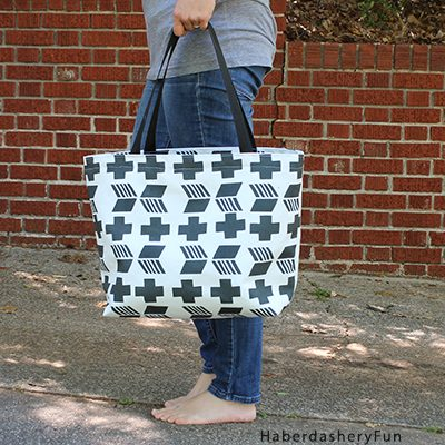 Make A Graphic Beach Tote With Contrado Fabric Design
