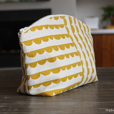 Adding A Seam To Your Curvy Zipper Pouch