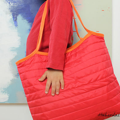 Quilted Rip Stop Tote from HaberdasheryFun. This tote is so much fun to make. Check out the free pattern today